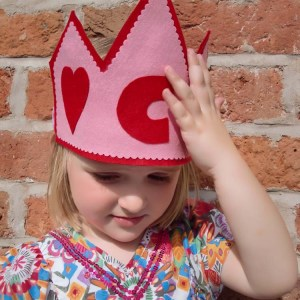 Heart Crown and Wand Pattern on Craftsy