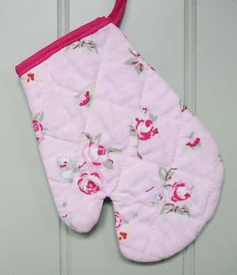 Free Children's Oven Mitt Tutorial
