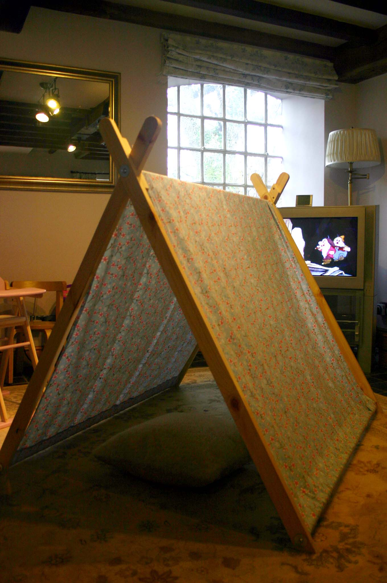 Daddy DIY: A-frame tent - Victoria Peat - Little Black Duck