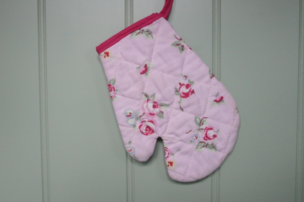 Children's play oven mitt turorial