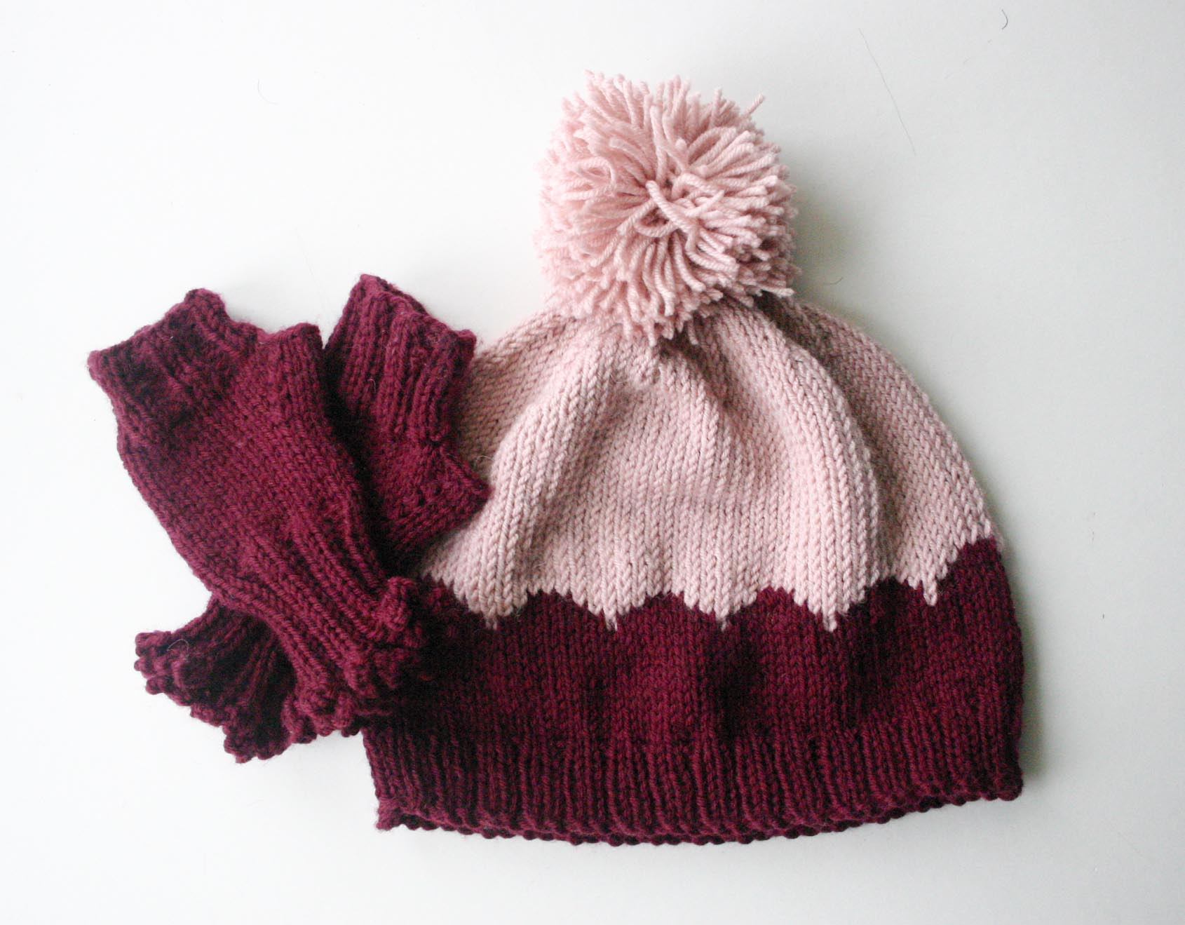 Scalloped Hat and Wrist Warmers 1