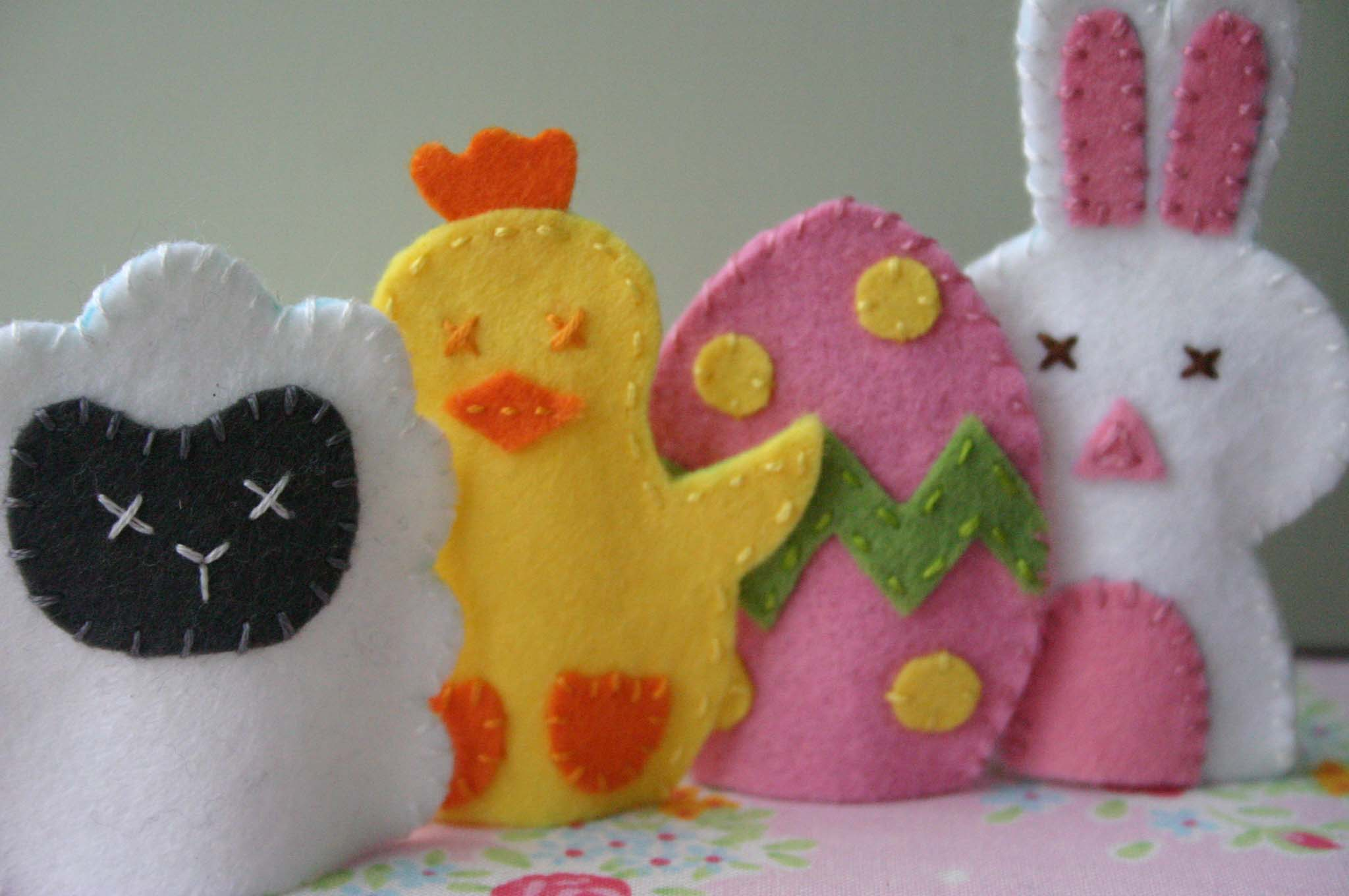 Group of Easter Friends Felt Finger Puppets