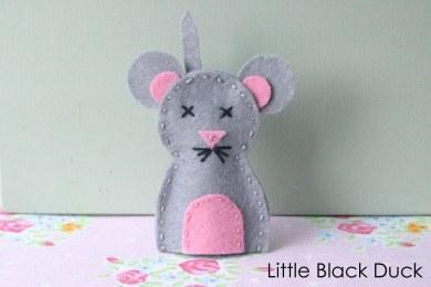 Mouse Felt Finger Puppet