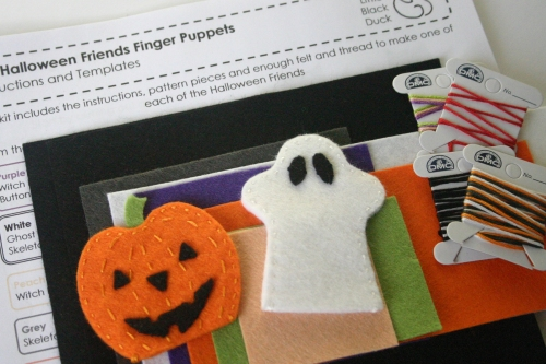 Halloween Friends Finger Puppet Kit Contents